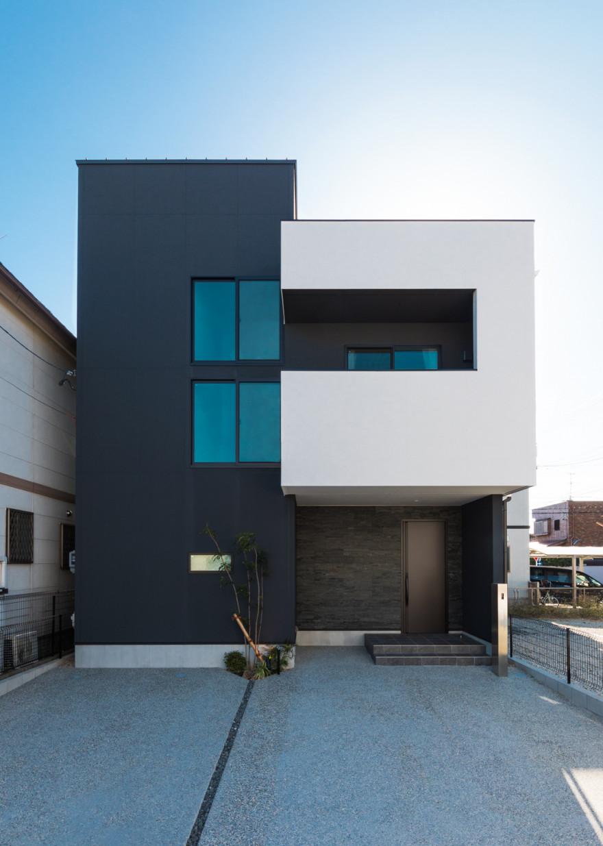 Rumah Minimalis 2021 Monokrom