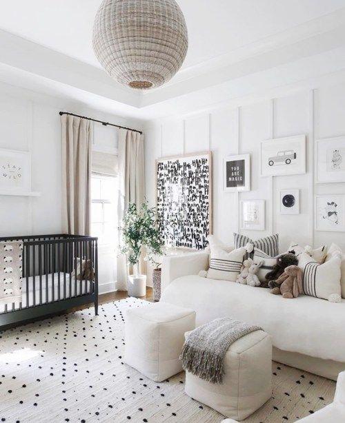 kamar ibu dan bayi hitam putih