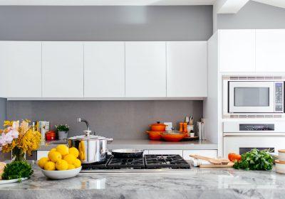 20+ Desain Kitchen Set Minimalis Untuk Dapur Kecil yang Elegan